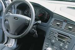 Volvo S60 sedan photo image 14