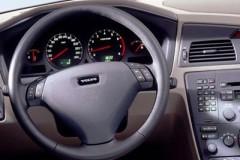 Volvo S60 sedan photo image 3