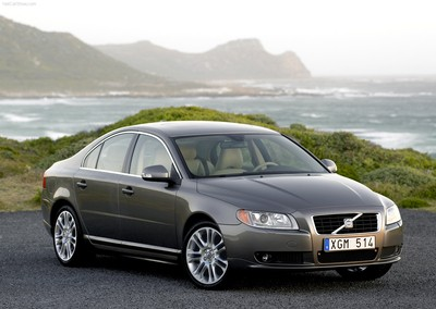 Volvo S80 Sedan 2006 - 2009 reviews, technical data, prices