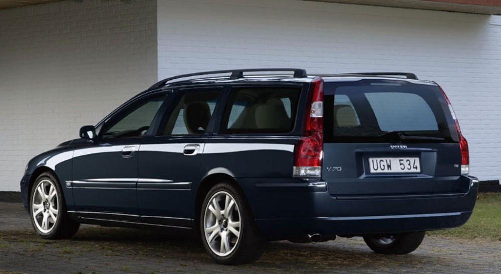 volvo v70 estate car wagon 2004 2008 reviews technical data prices. Black Bedroom Furniture Sets. Home Design Ideas