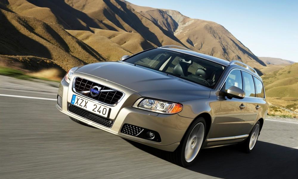 Volvo V70 2007 foto attēls