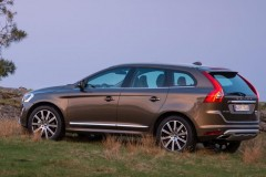 Volvo XC60 photo image 7